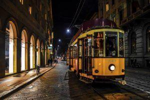 Milano, romeno travolto da un tram della linea 5
